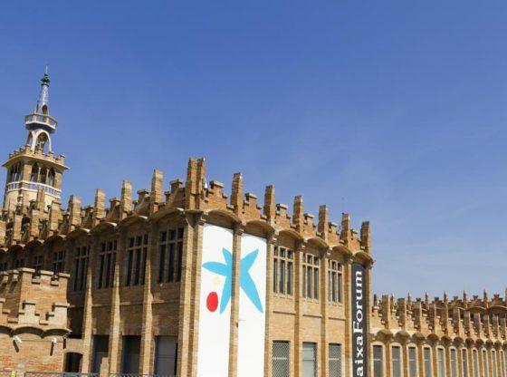 Mujer pierde la vida al caer en Madrid en el hueco de la escalera CaixaForum